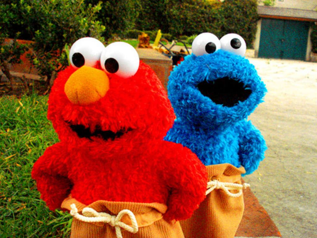 Cookie monster y elmo caricatura - Imagui