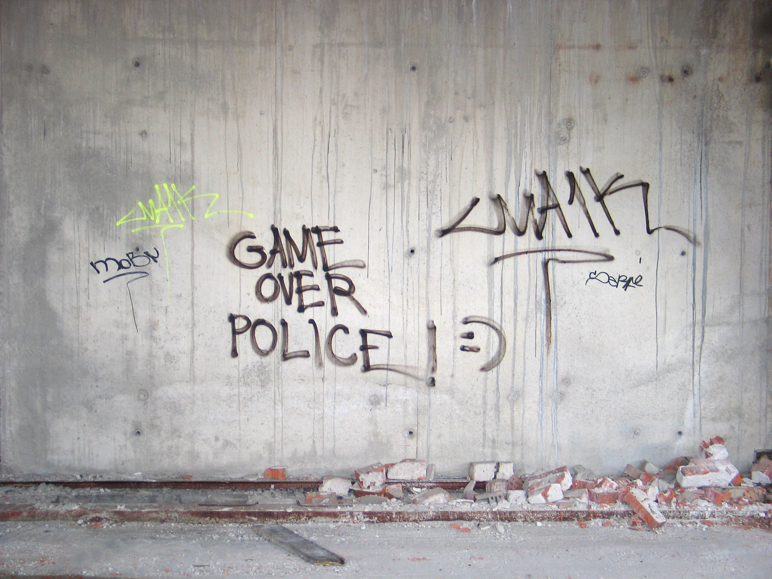 Graffiti wall pictures - Report Stock